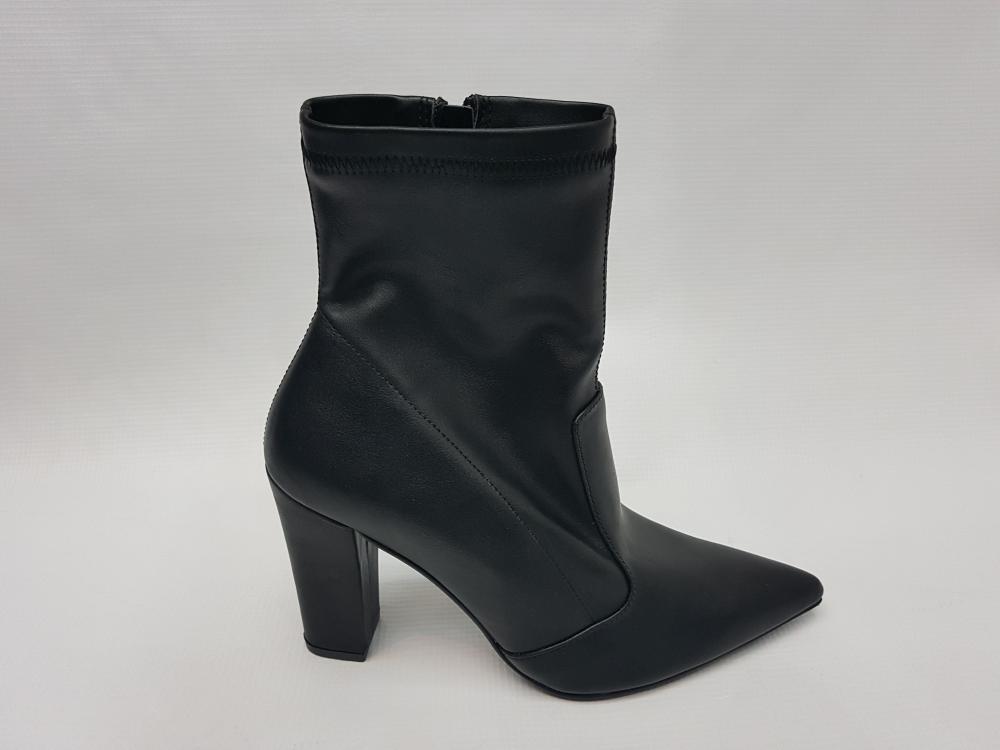 bce7c515246 Γυναικείες μπότες και μποτάκια