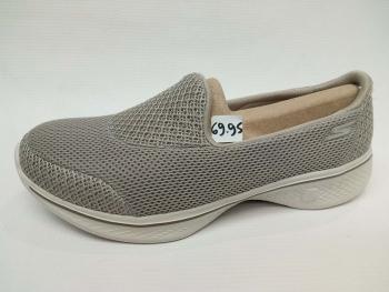Παπούτσια casual skechers
